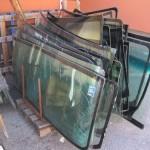 Törött autóüvegek